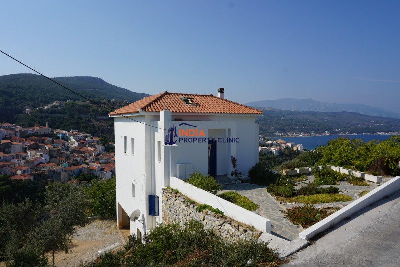 5 Bedroom House For Sale in Ano Vathi