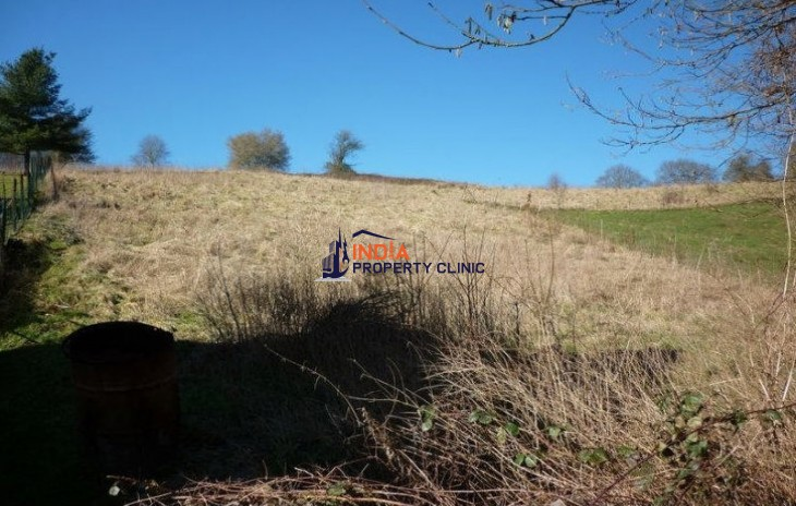 Land For Sale in Silenrieux