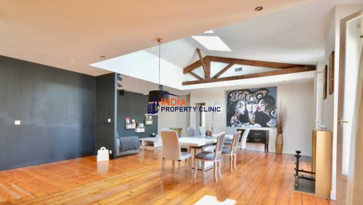 Apartment For Sale in Picard