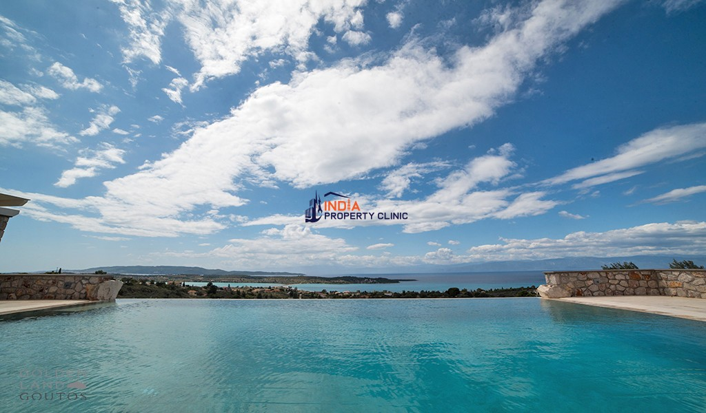 6 Bedroom Flat For Sale in Porto Heli