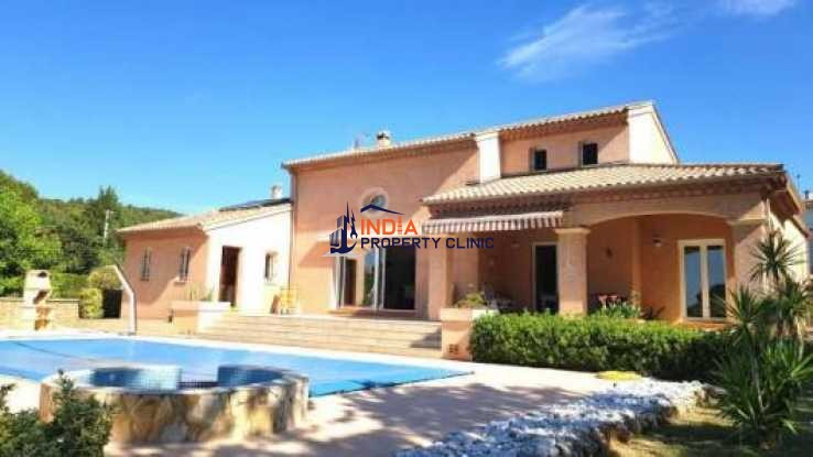 3 bed Modern Villa For Sale in Narbonne