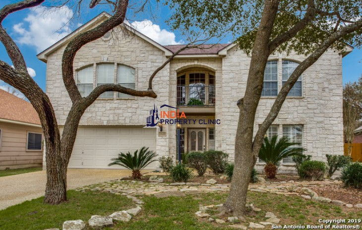 4 bed Family Home For Sale in San Antonio