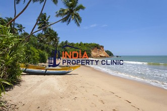 Beachfront  Land For Sale in Weligama