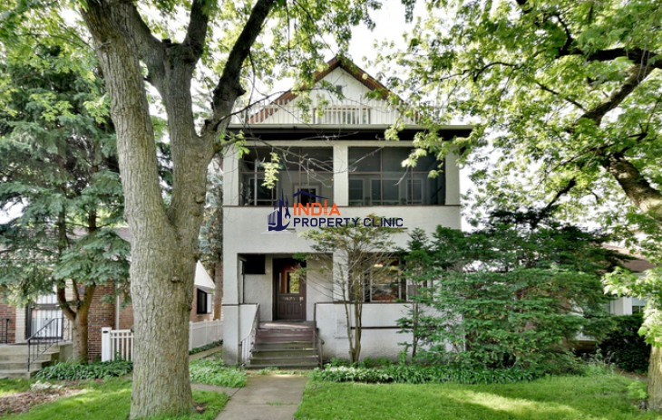 5 bedroom Home for Sale in Chicago