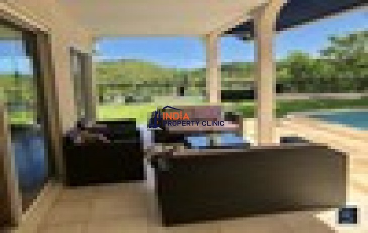 5 room luxury Villa For Sale in Nouméa