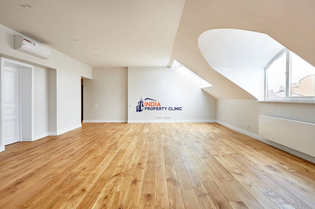 6 room Flat for sale in Riga