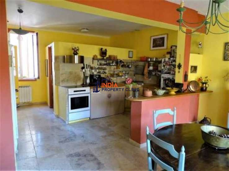 3 bedroom House For Sale in Montpellier