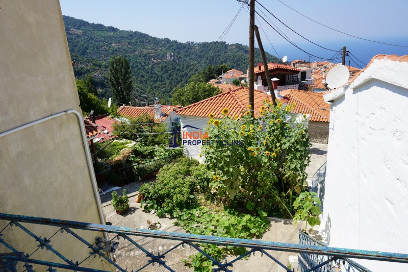 3 Bedroom House For Sale in Manolates
