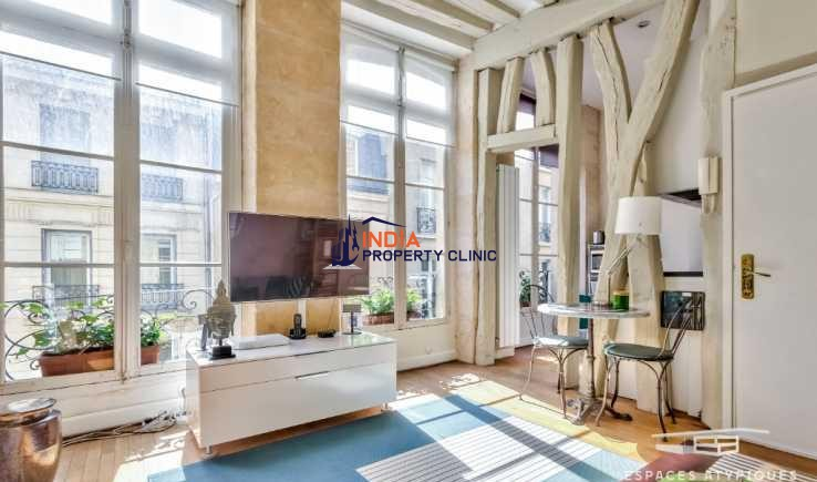Duplex of character For Sale in Paris