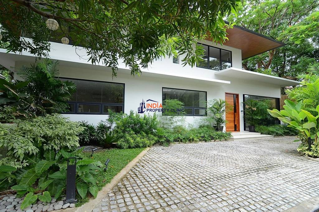 House for sale in Ayala Alabang