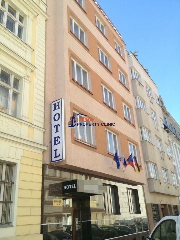 27 room Hotel for sale in Prague