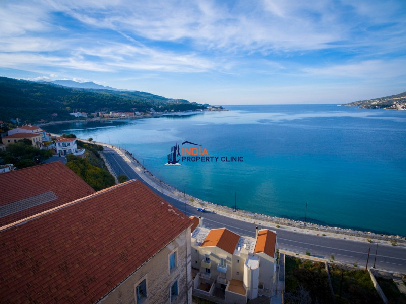 Warehouse For Sale in Samos