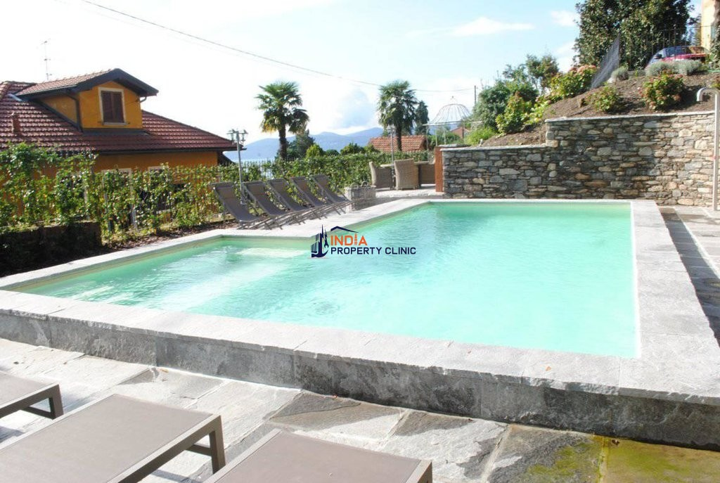 5 bedroom Villa for sale in Ghiffa