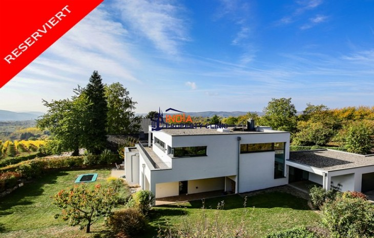 5 bedroom House for Sale in Hoesbach