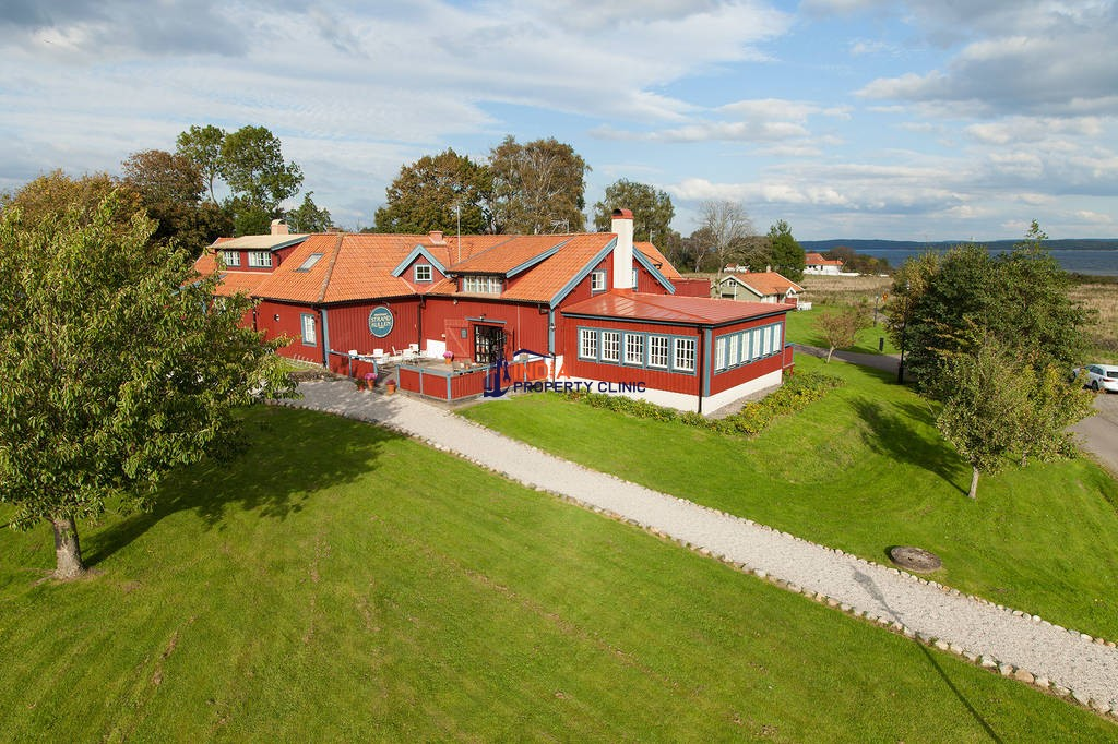 12 room luxury Hotel for sale in Onsala
