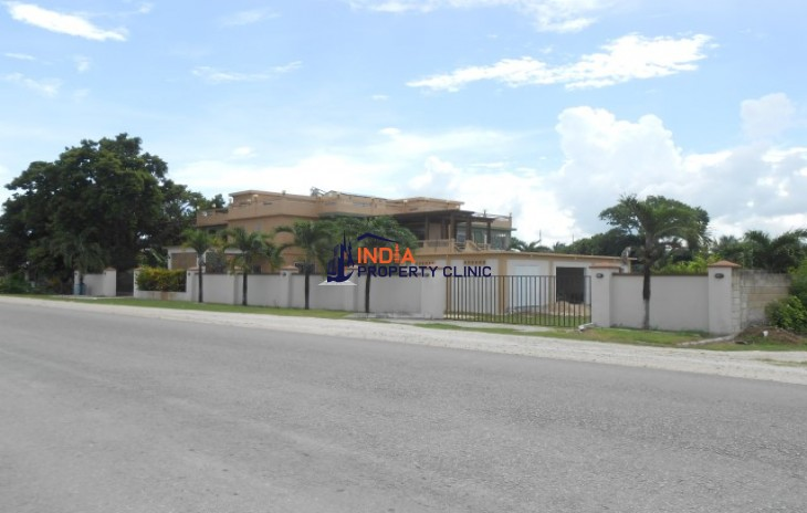 Home For Sale in Corozal