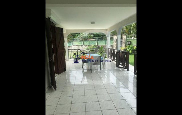Home for Sale in Baie Mahault