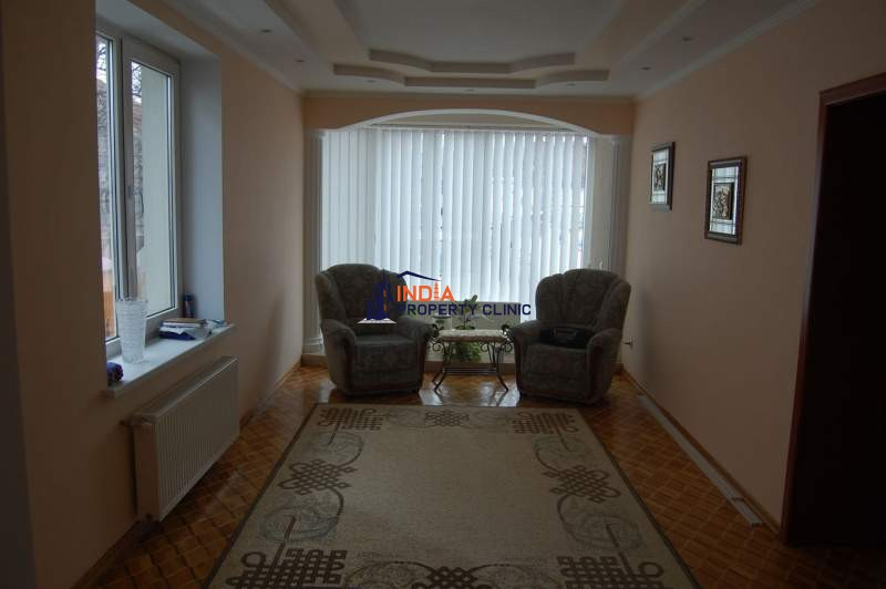 House For Sale in Center Of Chisinau