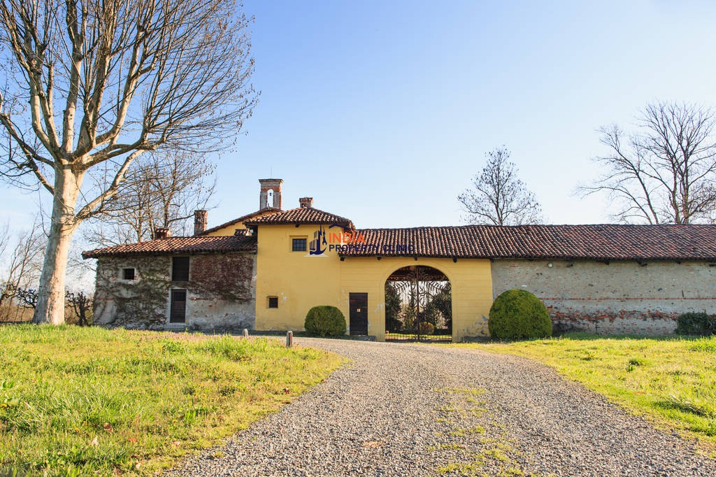 15 room luxury House for sale in Turin