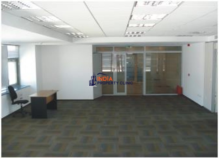 Office building for sale in Lahovari Square