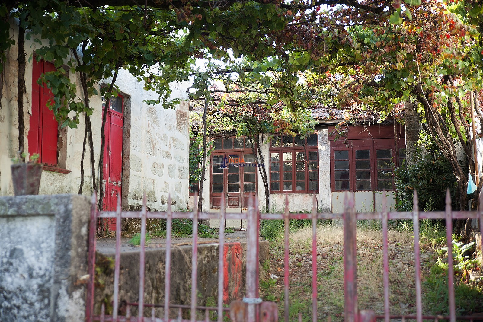 Land For Sale in Santo Paredes