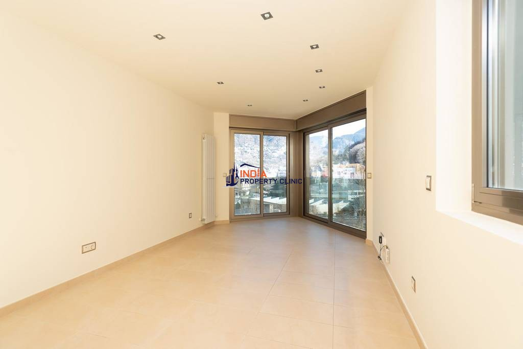 3 bedroom luxury Flat for sale in Andorra la Vella