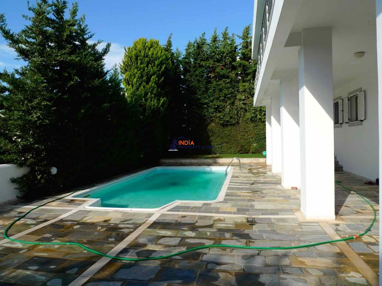 Luxury Villa For Sale in Athen