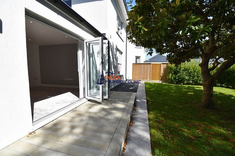 Apartment For Sale  in Le Petit Bigard