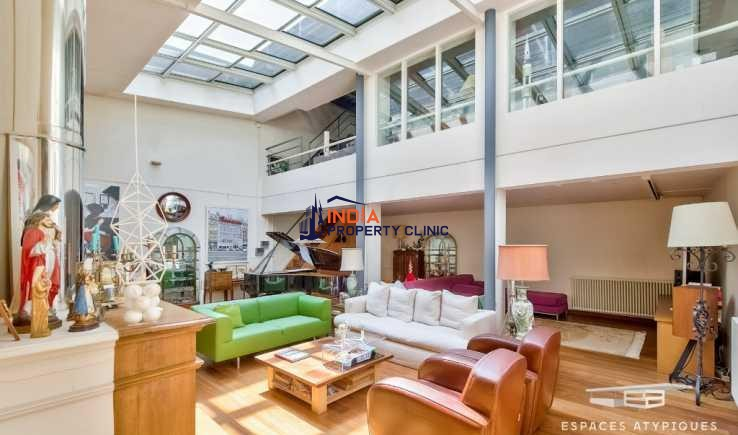 House For Sale in d'Italie