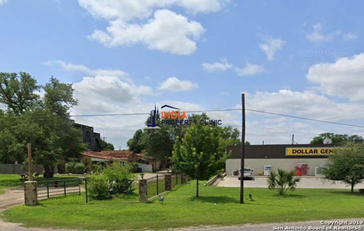 Building for sale in Lytle