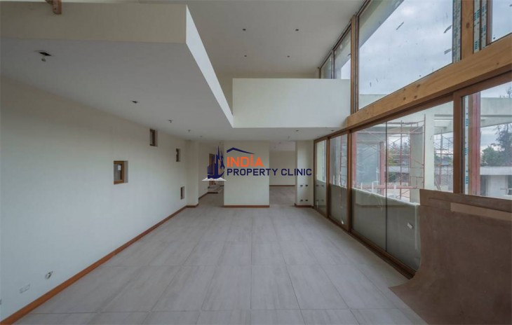 Residence House For Sale in Las Condes, Santiago