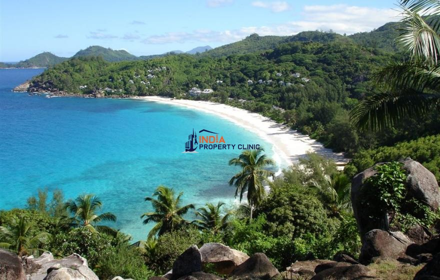 3000 m2 Beach Land For Sale in Takamaka