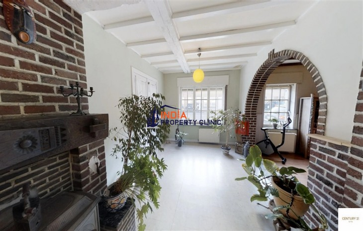 House For Sale in Overboelare
