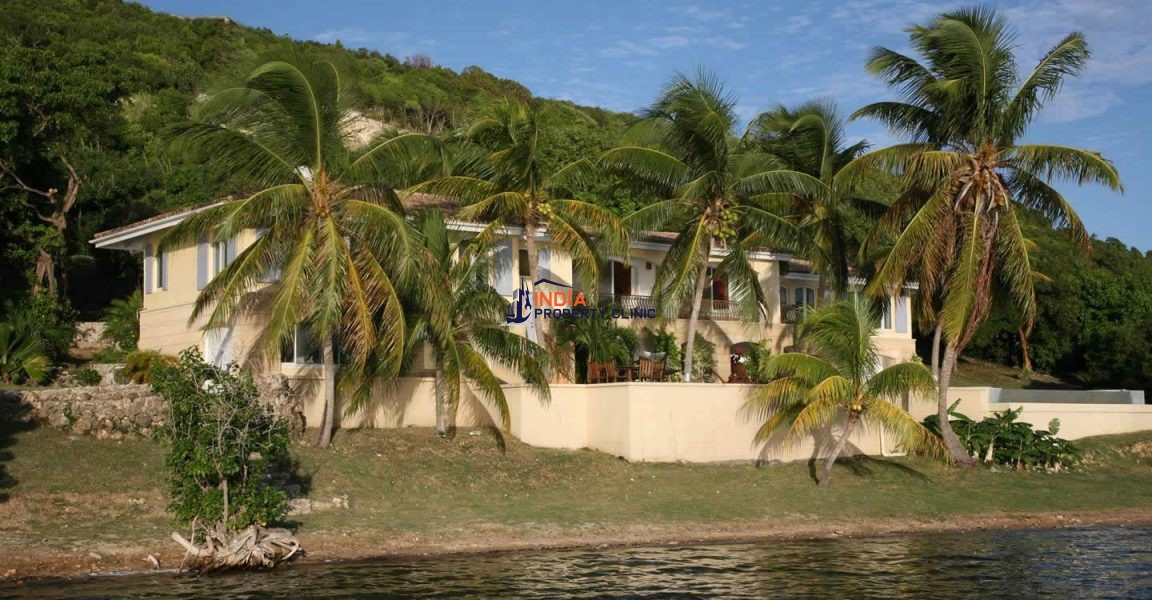5 Bedroom Villa for Sale in Simpson Bay