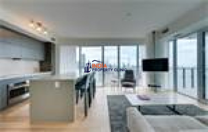 Single Family Home For Sale in Bay Street