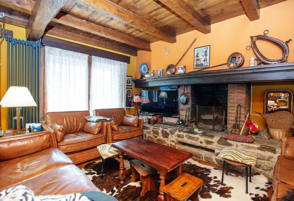 5 bedroom luxury House for sale in Ordino