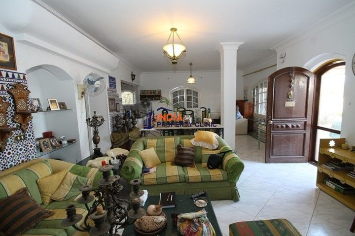 3 Bedroom Villa For Sale in Hadaba