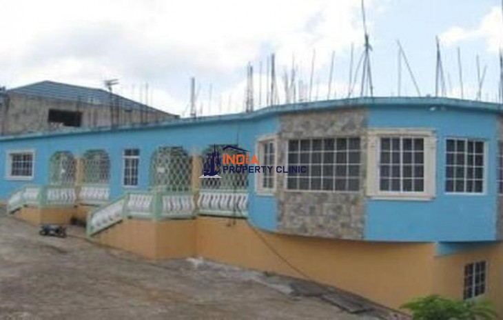 5 Bedroom Apartment For Sale in Mandeville