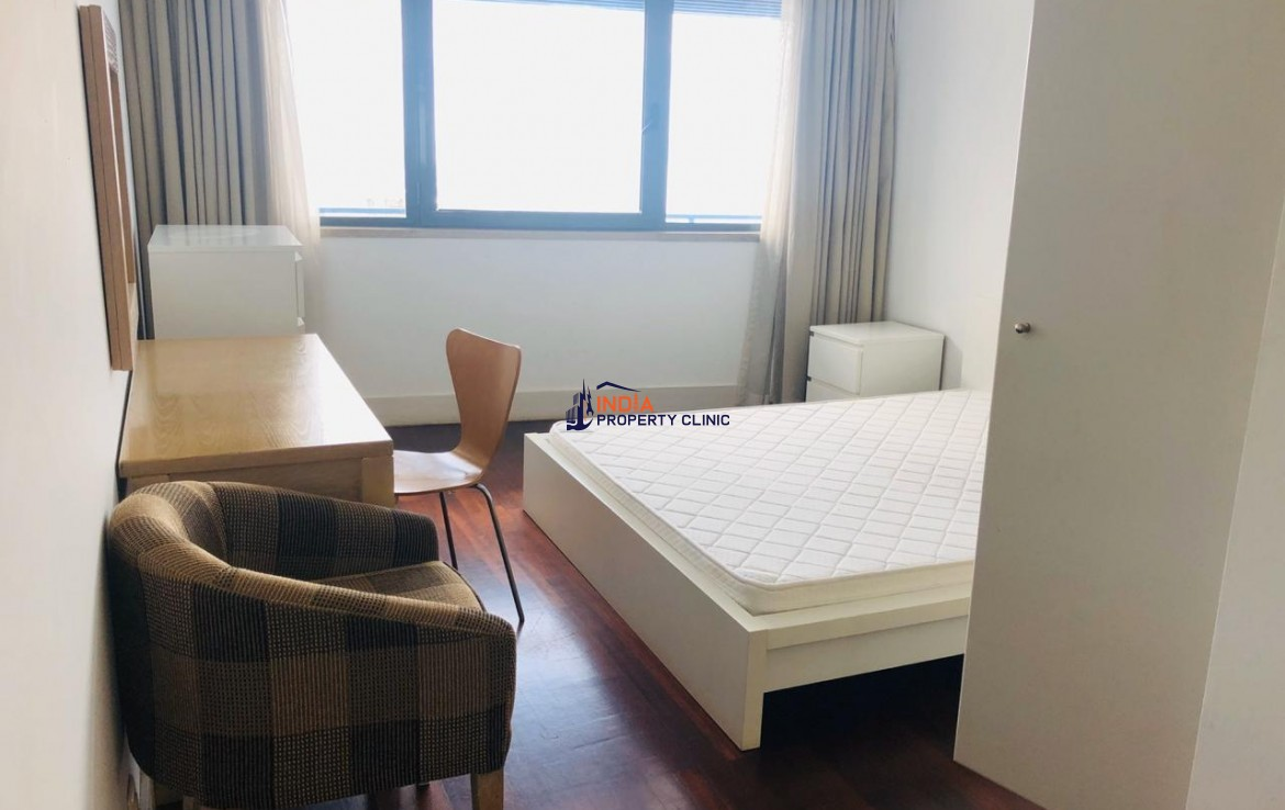 2 bedroom Furnished Condo For Rent in Polana Shopping Centre