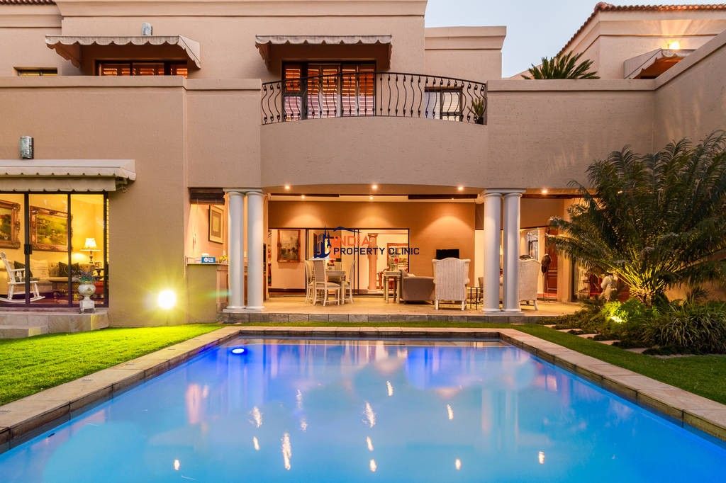 4 bedroom luxury House for sale in Johannesburg