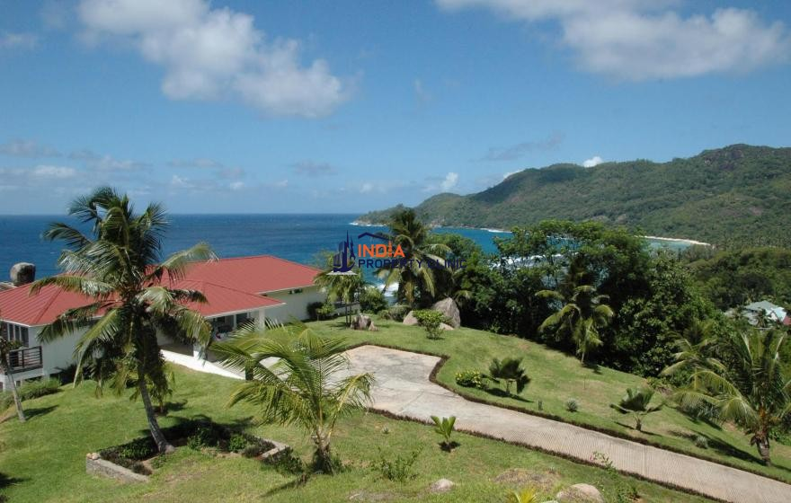 Home For Sale in Anse Parnel