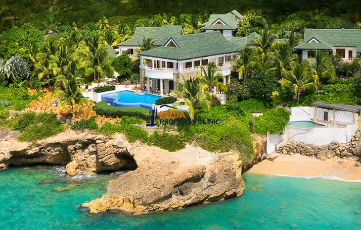 Luxury Beachfront House for Sale in Barnes Bay