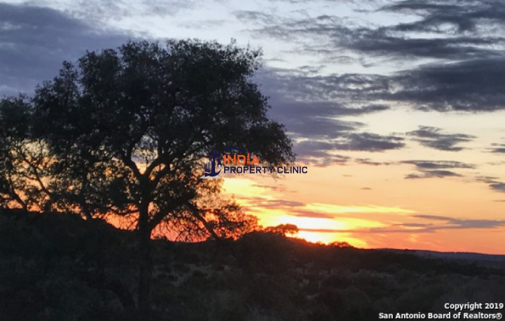 5.82 acres Land for sale in Blanco