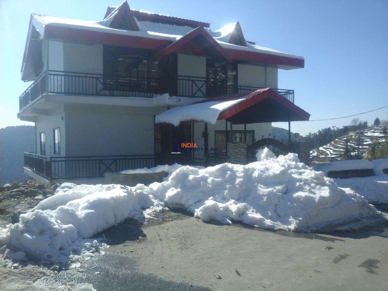 Cottage For Sale  Chail Kufri Road