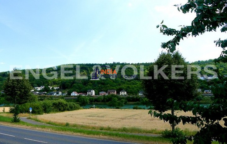 House for Sale in Langsur