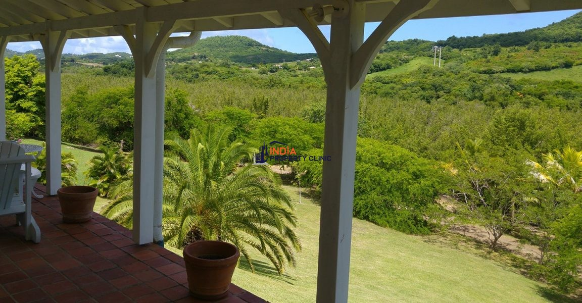 Condominium House For Sale in Lo Barnechea