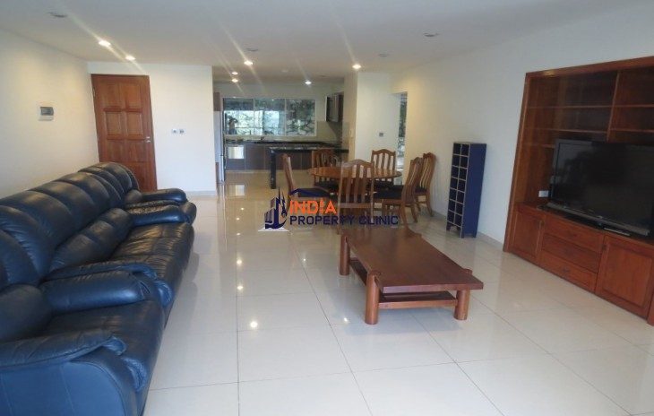 Apartment For Sale in Town