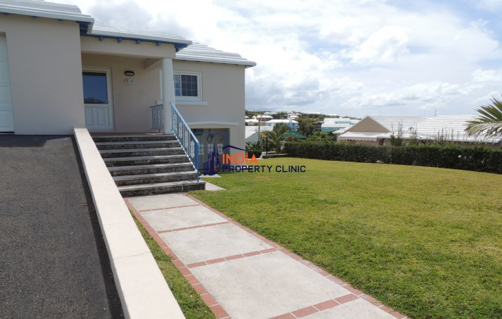 Residential House for Sale in Smith's