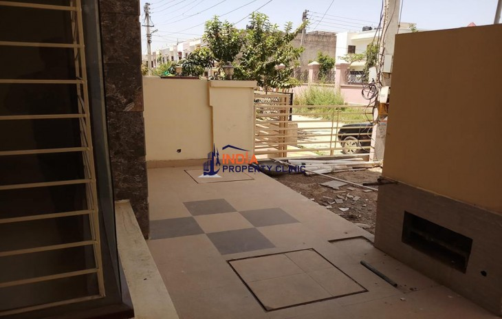 4 Bedrooms Double Story Kothi for Sale