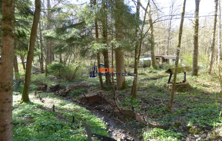 Land For Sale in Neuville